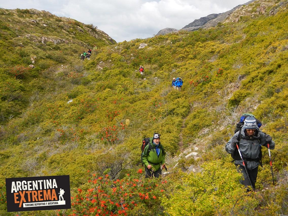 Caminata Senderismo trekking refugio Patagonia