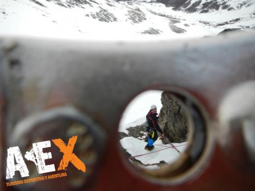 Curso de Nieve escalada en Hielo montana invernal 11