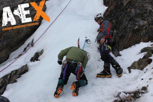 Curso de Nieve escalada en Hielo montana invernal 16