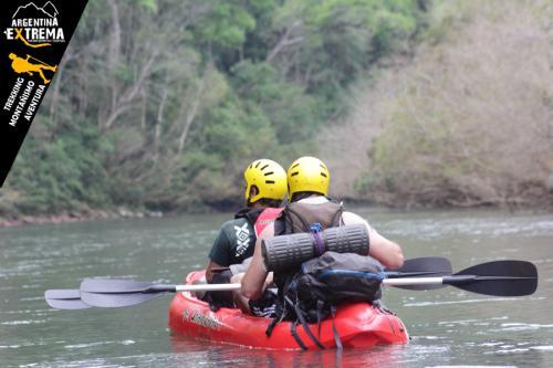 Raid Nautico Kayaking Bajada el Arroyo Yaboti Misiones 10