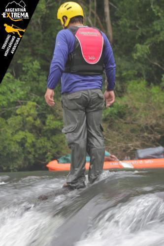 Raid Nautico Kayaking Bajada el Arroyo Yaboti Misiones 18