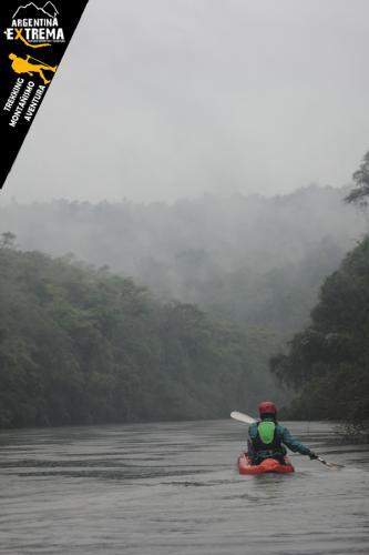 Raid Nautico Kayaking Bajada el Arroyo Yaboti Misiones 19