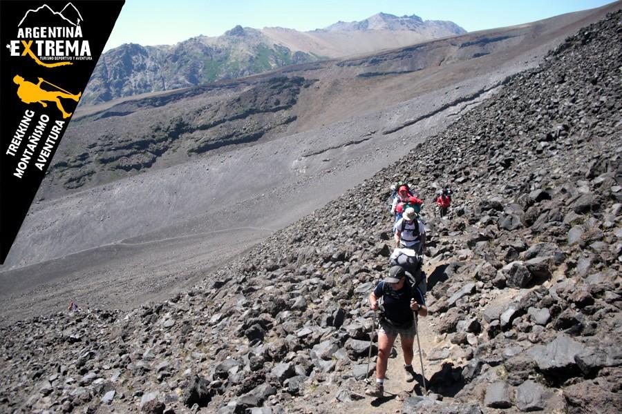 ascenso volvan lanin trekking 06