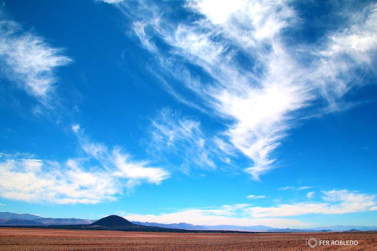 Cielos sobre el Campo de Piedra pomez- Puna Catamarqueña