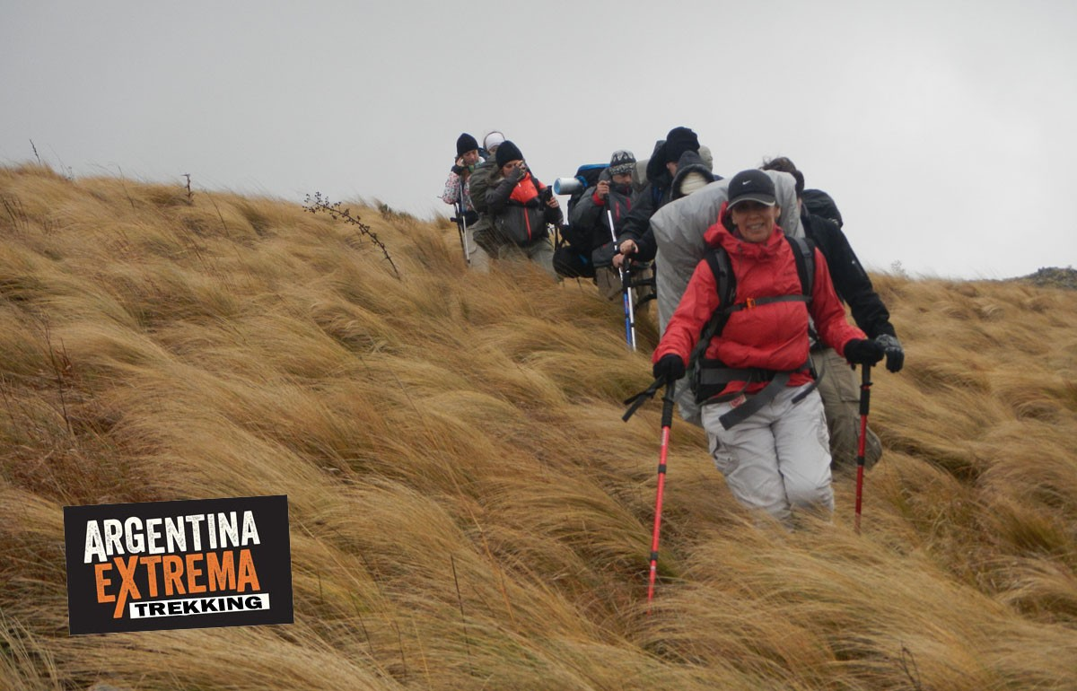 descenso trekking pastizales