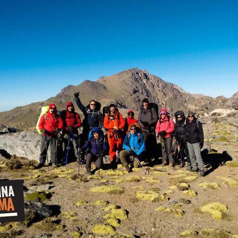 Ascenso al cerro El Manchao, cordón de ambato, Catamarca.