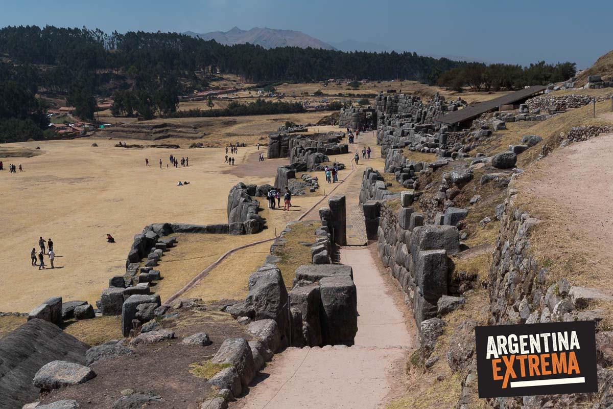 sacsayhuaman ruinas cusco 01