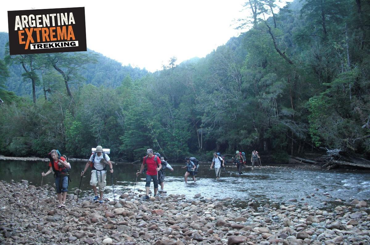 vadeo rio trekking