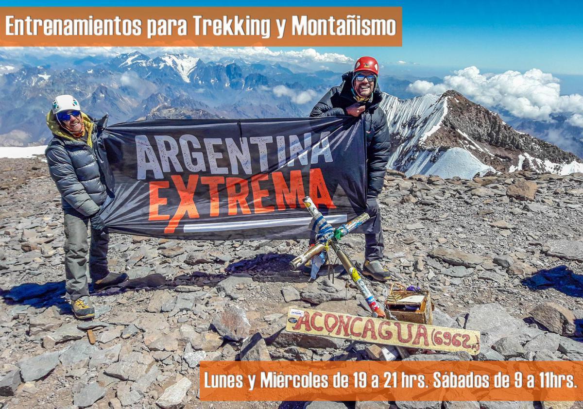 Santiago Medina y Roger Cangiani en la Cumbre del Aconcagua