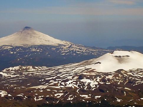 Villarrica volcan quetrupillan