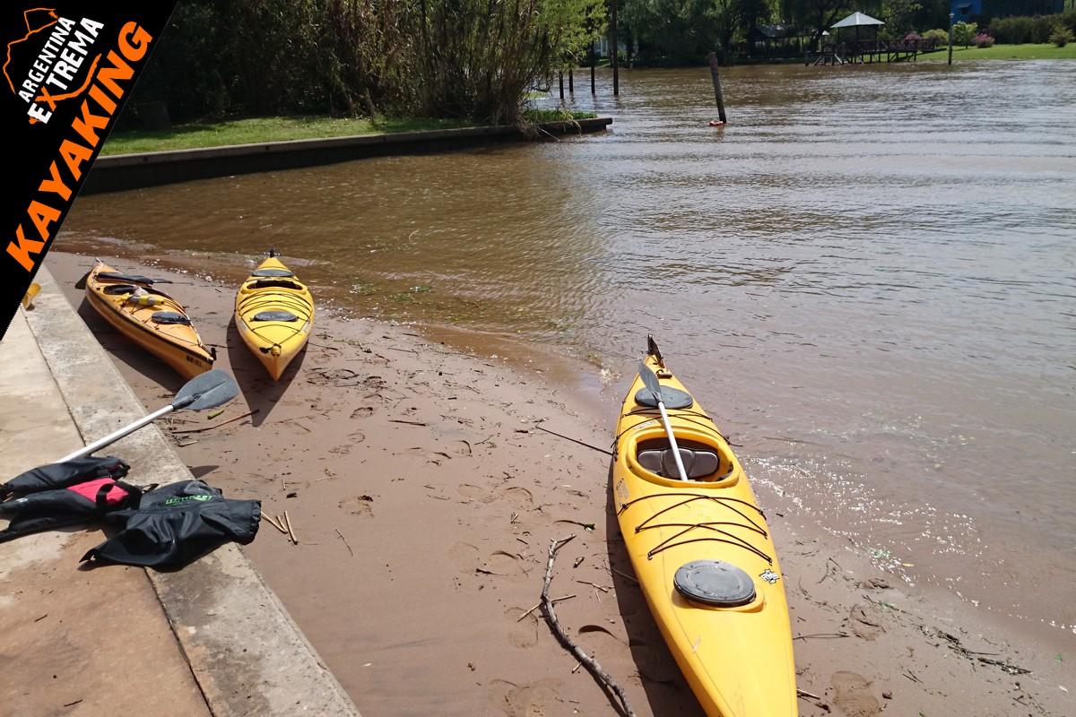 kayaking de travesia conociendo el delta