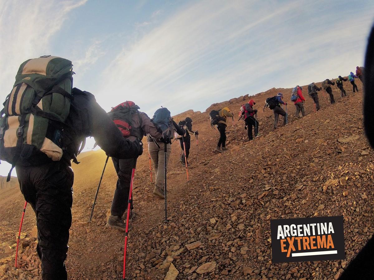 actividad del mes gem simulacion ascenso cerros penitentes y volcan lanin 289