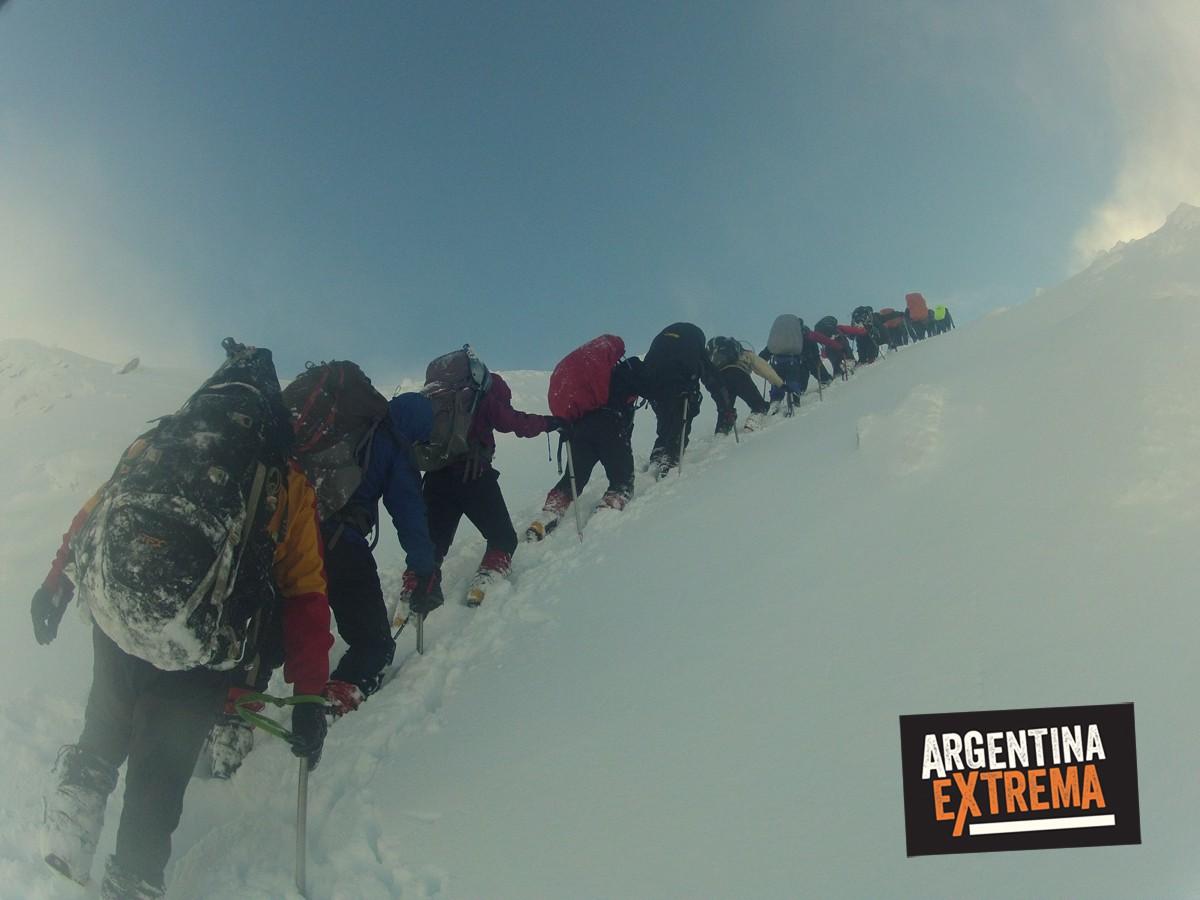 ascenso monte alvear ushuaia grupo entrenamiento 153
