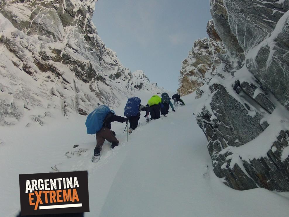ascenso monte alvear ushuaia grupo entrenamiento 986