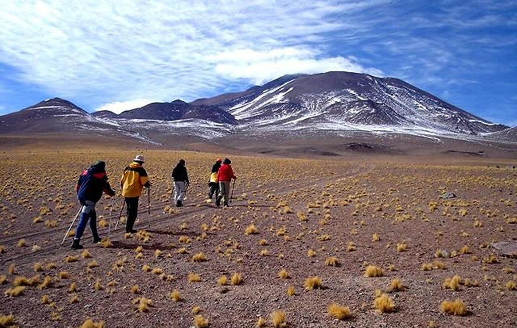 ascenso volcan llullaillaco 6739 msnm y volcan tuzgle 5518 msnm 180