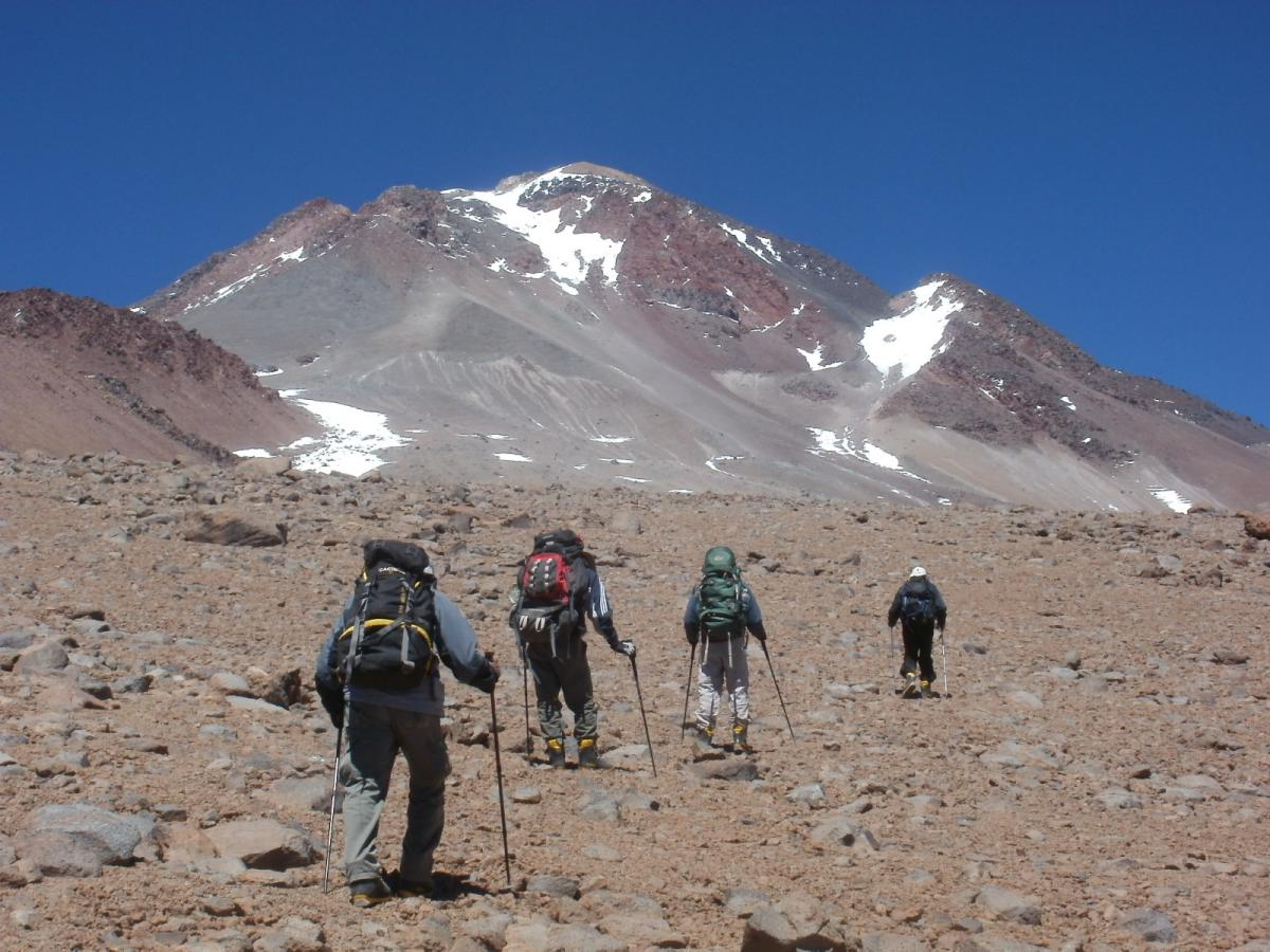 ascenso volcan llullaillaco 6739 msnm y volcan tuzgle 5518 msnm 878
