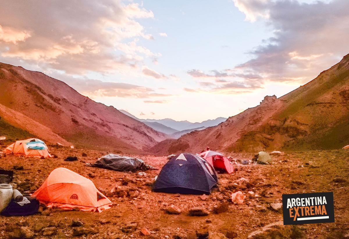 Campamento en el Criuce de los Andes