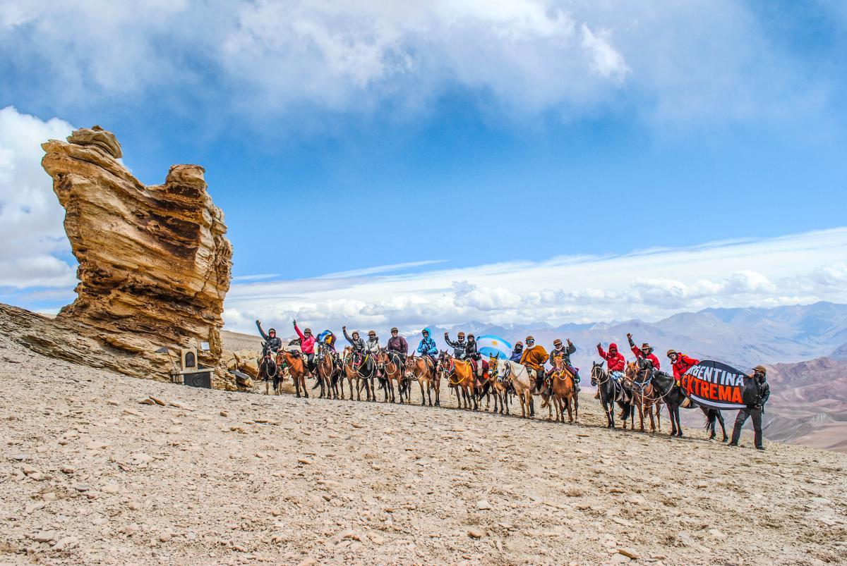 Paso del Espinacito 4365 msnm - Cruce de los Andes Sanmartiniano