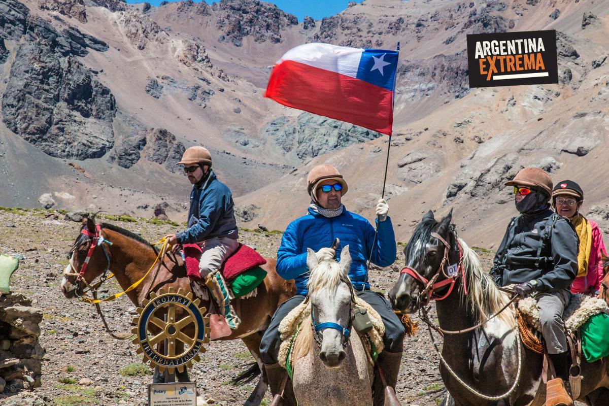 Hito Fronterizo Argentina-Chile 3414 msnm - Paso de los Pato