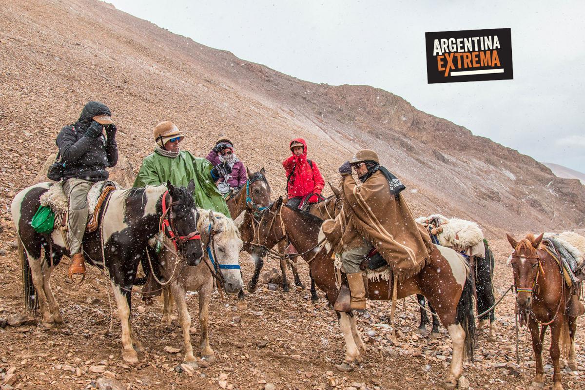 Aventureros en el Cruce de los Andes Sannmatiniano - Paso la Honda