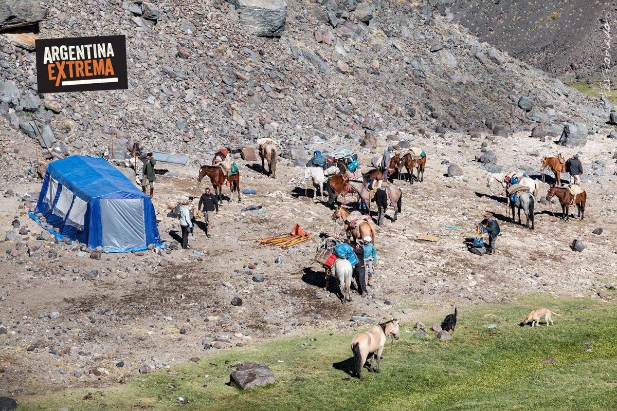 Campamento Ojo de Agua desde lo Alto