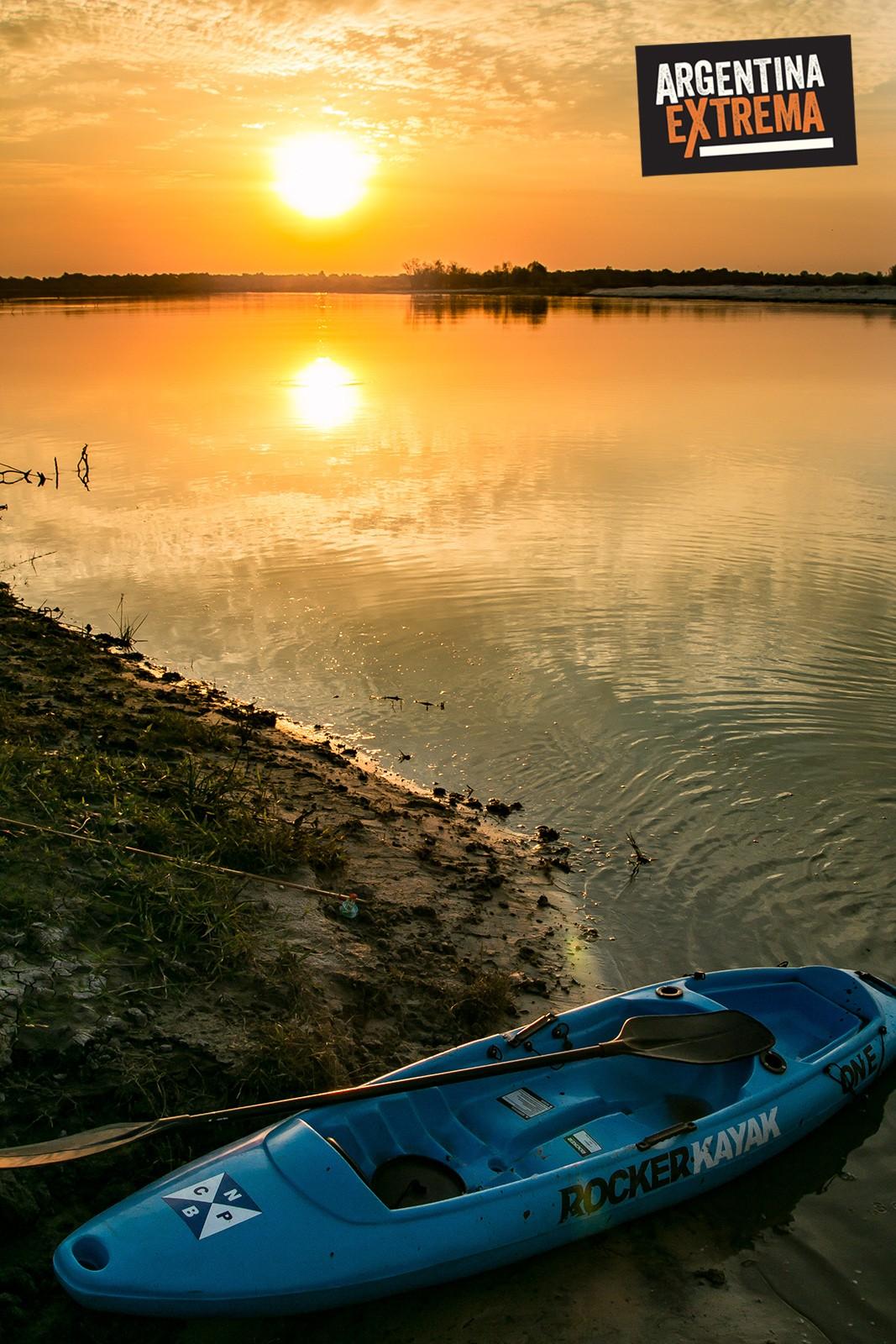 Atardecer sobre el Rio Corrientes