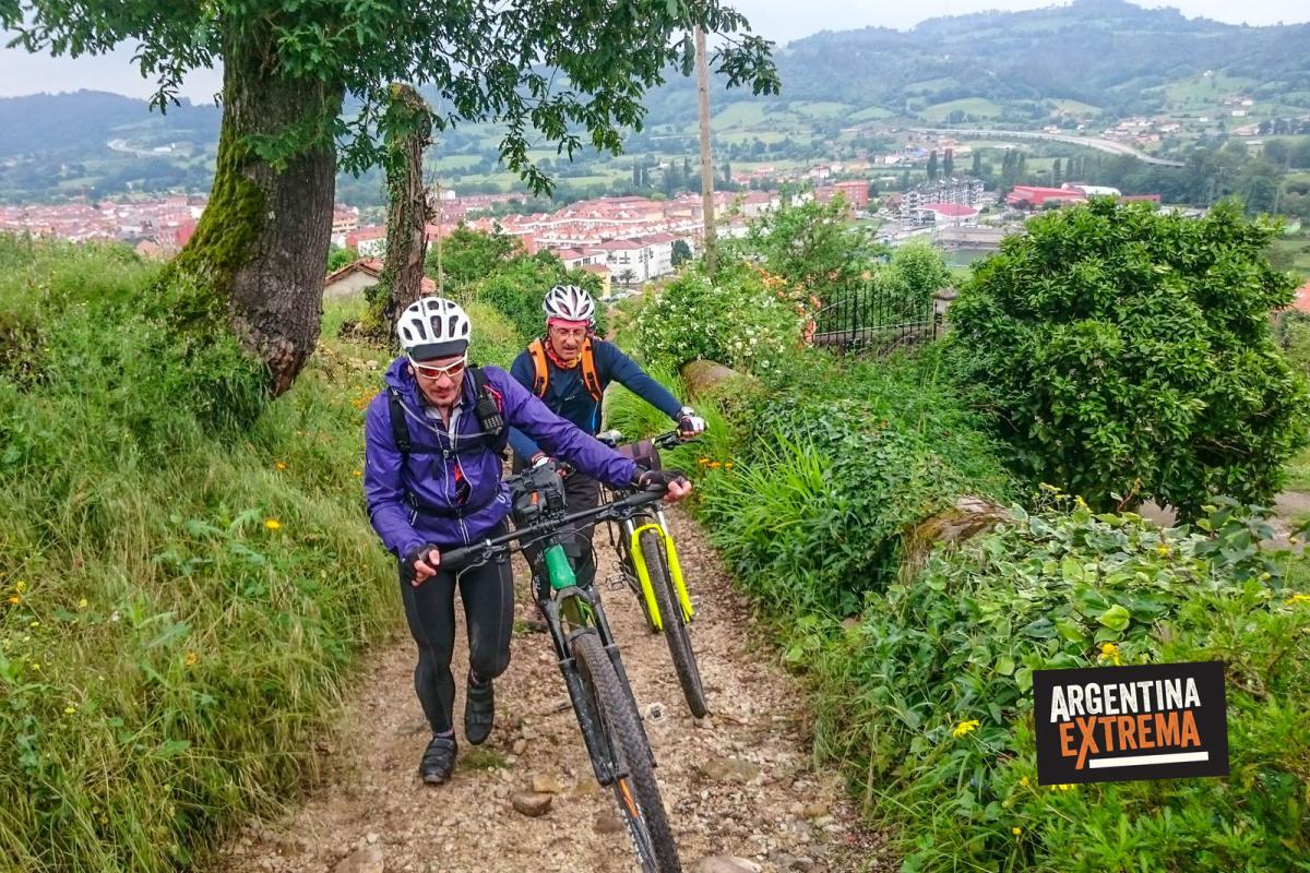 Saliendo de Oviedo - Camino de santiago de compostela en mtb