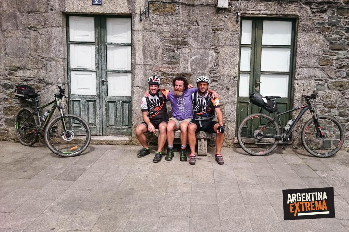 Camino de Santiago en MTB - Guías y jefe de Logistica Asturiano