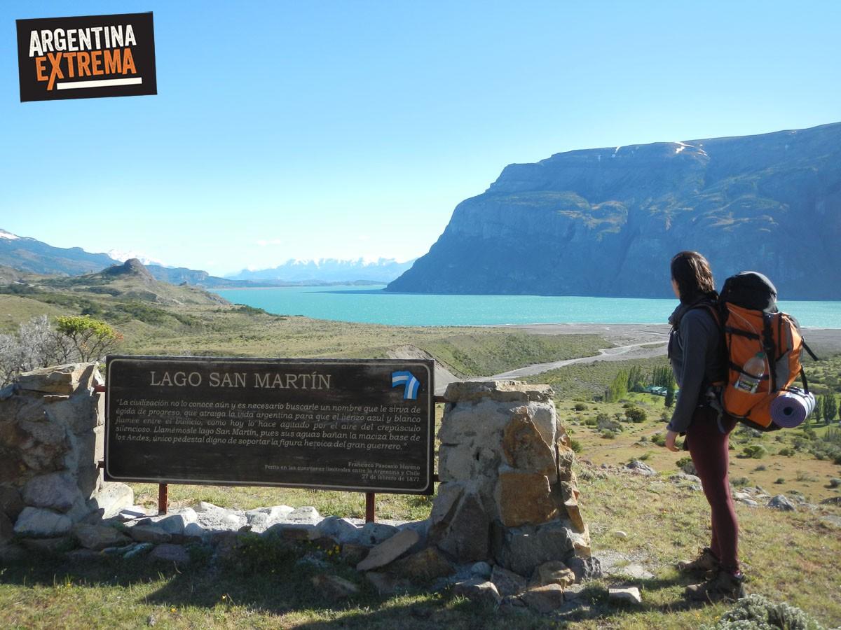 cartel del Lago Sanmartin en Estancia El Condor