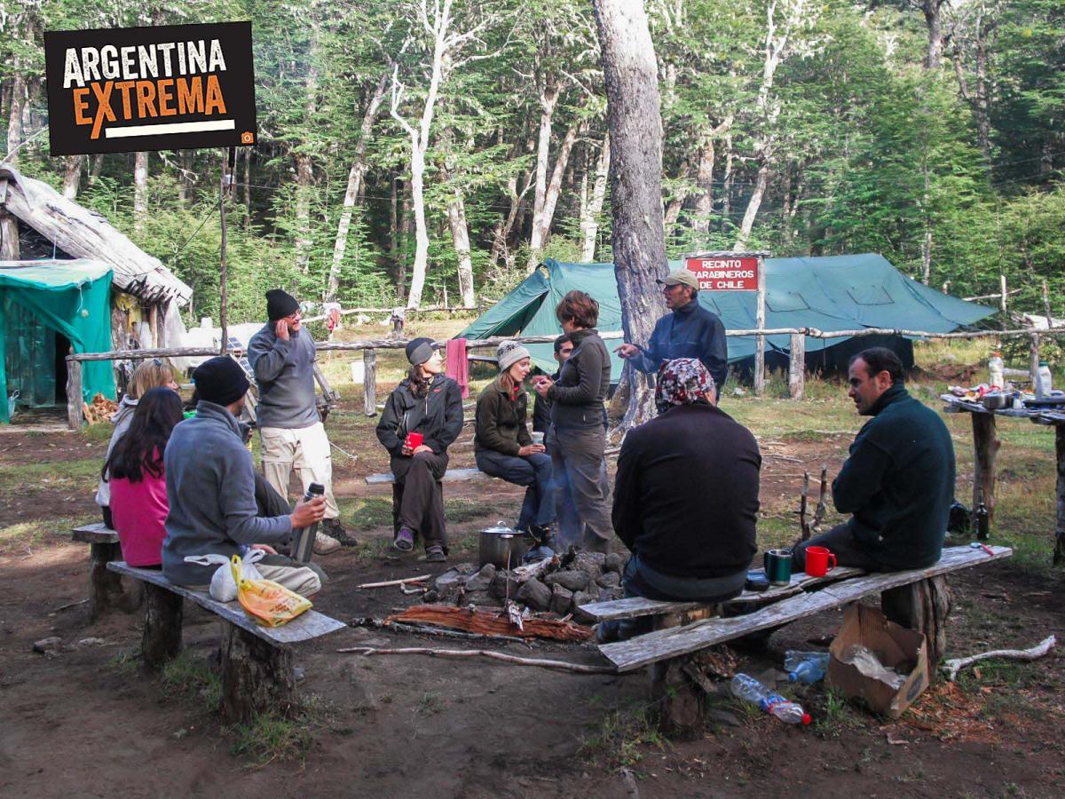 Mallin chileno Paso Vuriloche Carabineros