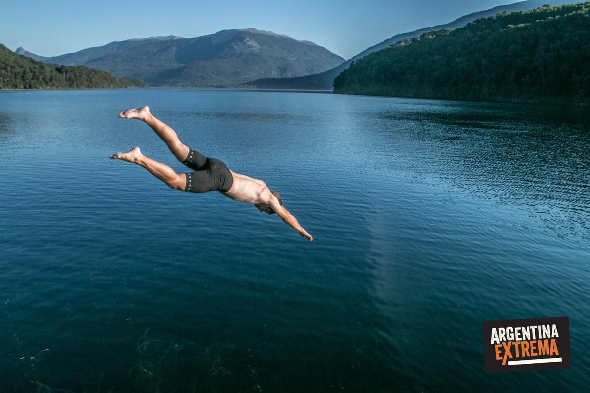 Salto al Lago Nonthue - Paso Hua hum - Cruce de los andes en MTB