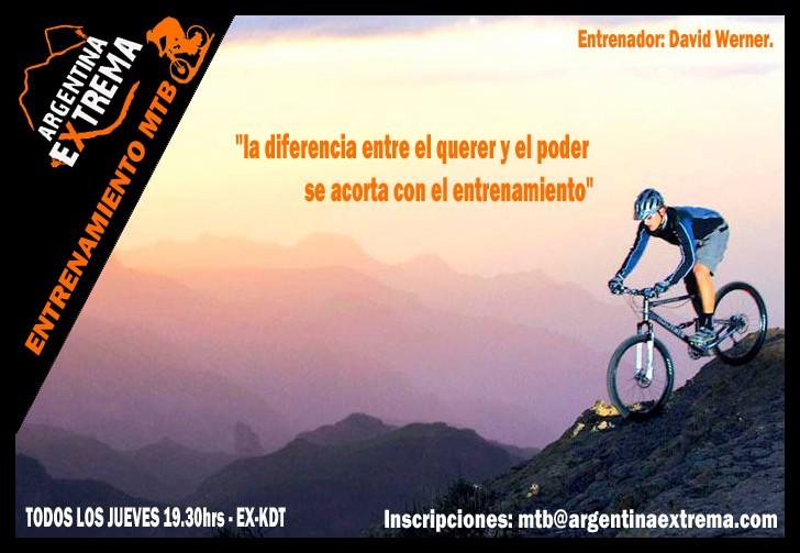 entrenamiento de bicicleta de montana mountain bike478