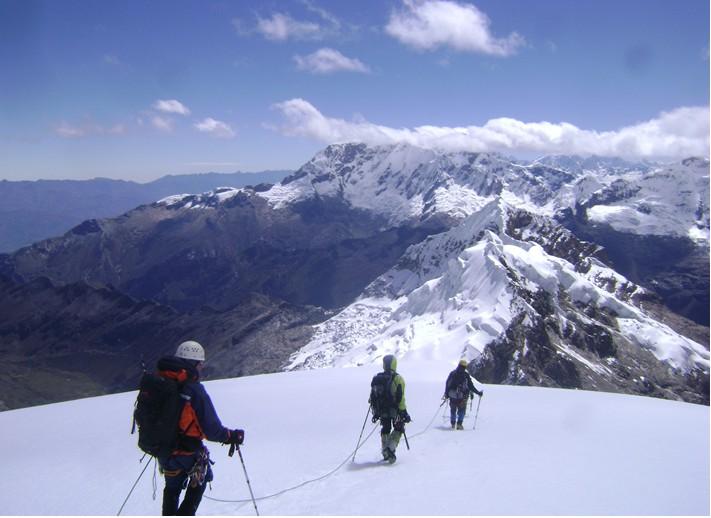 expedicion a cordillera blanca escalada ishinca y tocllaraju peru338