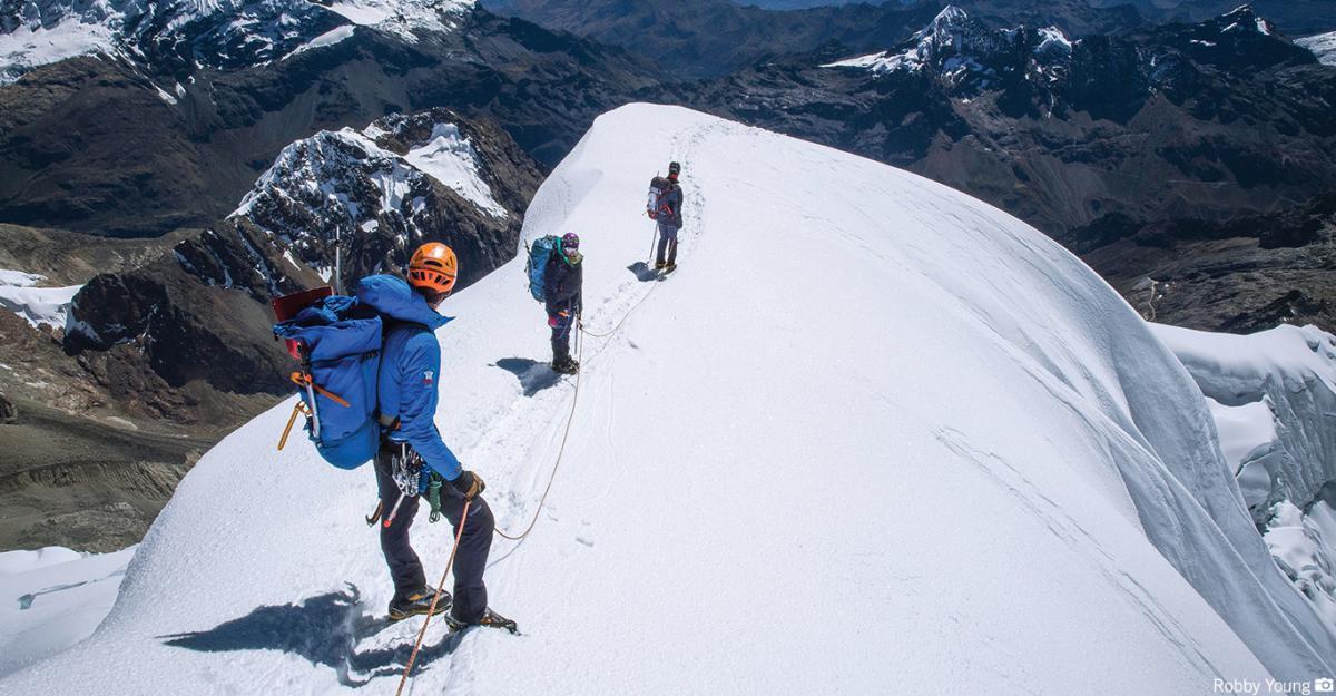 expedicion a cordillera blanca escalada ishinca y tocllaraju peru808