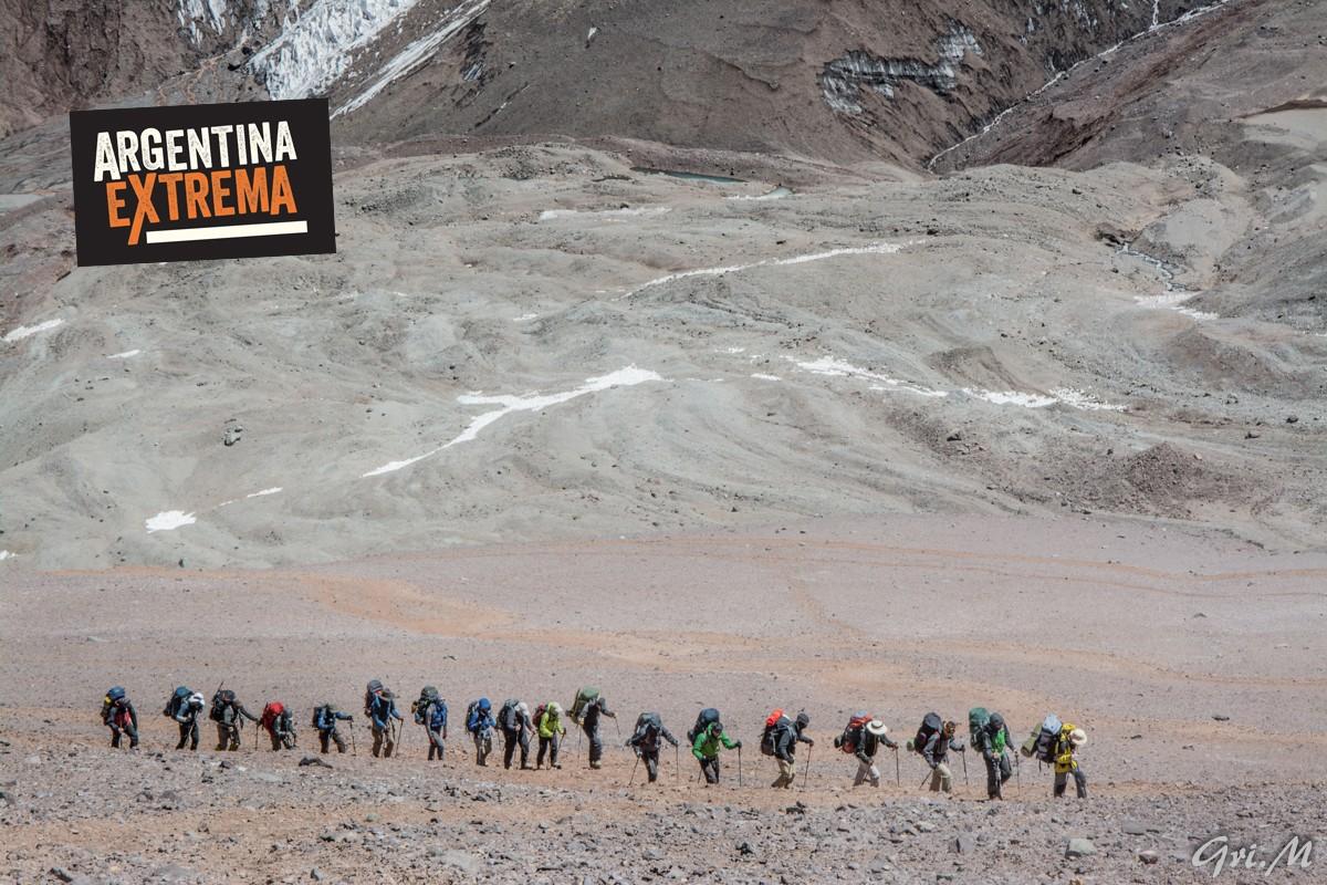 grupo cerrado trekking a plaza franciaplaza de mulas aconcagua 299