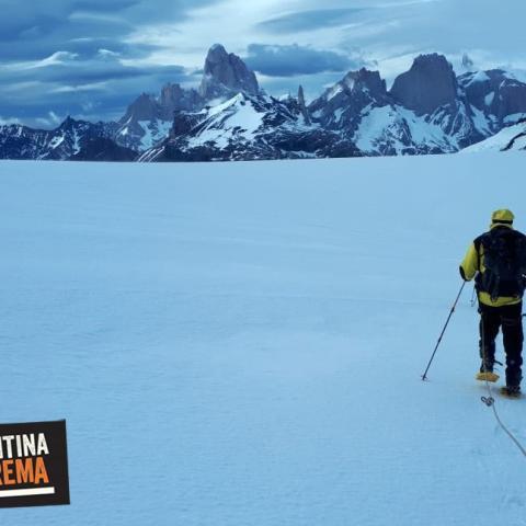 Cerro Gorra Blanca - ascensión a cumbre - El Chalten - Hielos Continentales