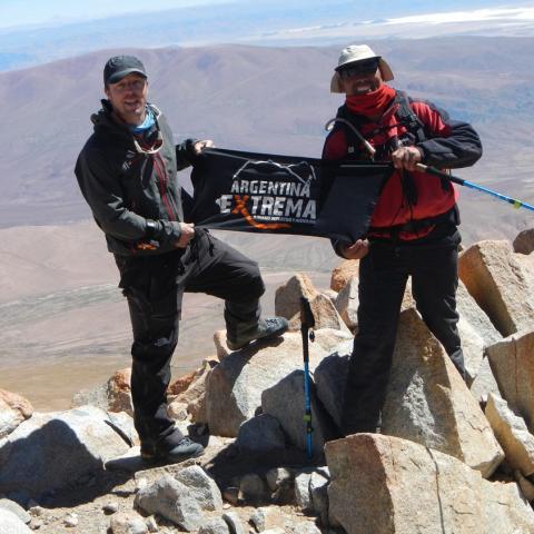 Nevado de Chañi - ascenso ruta Oeste  - El Moreno - Jujuy - trekking y montañismo de altura - 5896 msnm