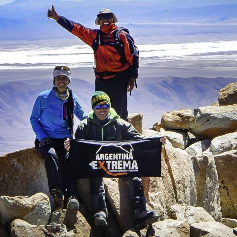 Ascenso Nevado de Chañi - Jujuy - Salta - trekking y montañismo de altura - Cumbre del Chañi 5896 msnm