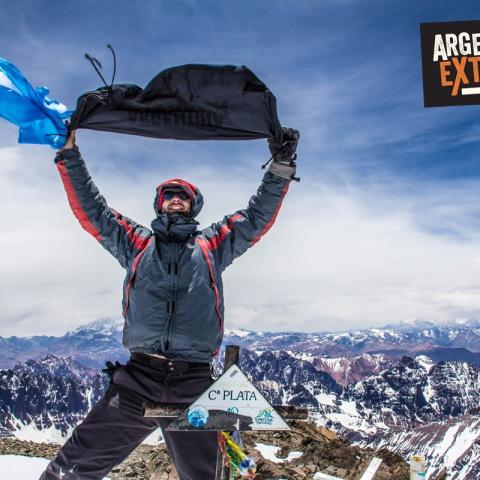 Expedición al Cerro El Plata (6000 mts), Vallecitos. Cordón del Plata. Mendoza