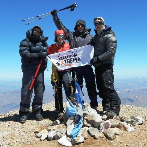 Expedición de Alta Montaña al Volcán Domuyo - Cordillera del Viento - Neuquén  - 31-12-1969 11 de Enero!