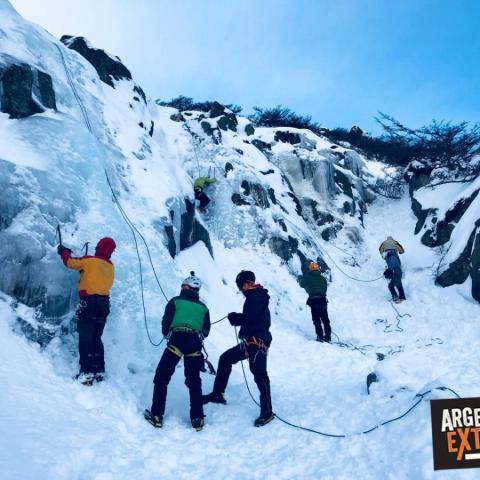 Curso de escalada en Hielo - Nieve, transito glaciar y rescate en grietas  - Ushuaia, Tierra del Fuego