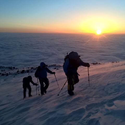 Ascenso al Monte Elbrus (5642 msnm) - 7 Summits - Rusia - Europa - Viaje grupal desde Argentina  - 31-12-1969 11 de Enero!