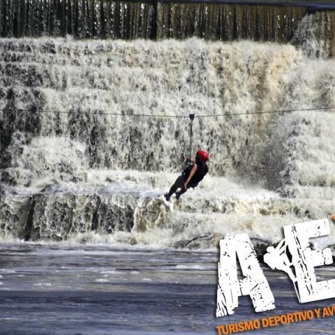 Aventura, trekking, rappel, tirolesa, kayaking y mountain bike en Rio Quequen Salado - Provincia de Buenos Aires