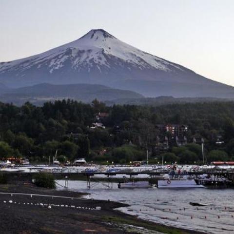 Enero 2013 - San Martin de los Andes y Pucón / Volcán Villarrica (Chile) - Multiaventura - Trekking, rafting, rapel, escalada, ascensionismo