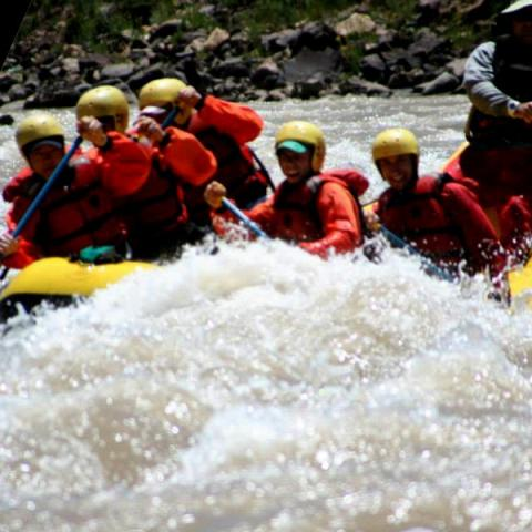 Travesía de Rafting en la Cordillera de los Andes - Rio Grande - Valle Hemoso, Malargue