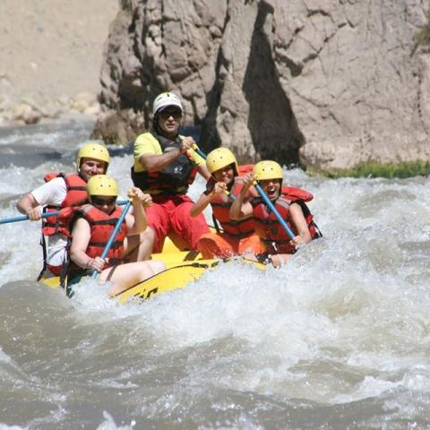 Rafting in The Andes - Rio Grande - Valle Hemoso, Malargue-2 days