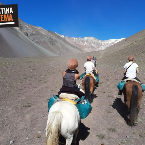 Horse riding to the plane of the Andes Survivors