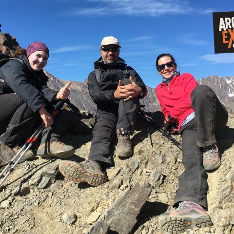 Montañismo - Trekking, ascensión cerro Keops y Punta Negra - Los Arenales - Mendoza - 31-12-1969 26 de Abril!