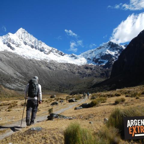Cordillera Blanca, Huaraz, Peru - Trekking Quebrada Santa Cruz - Laguna 69 - Nevado de Pisco, CB Alpamayo - Llanganuco