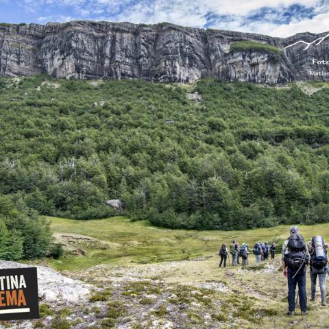 una de las travesías de trekking más maravillosas de la Patagonia, recorriendo rincones poco explorados de la Patagonia. #top10treksofargentina